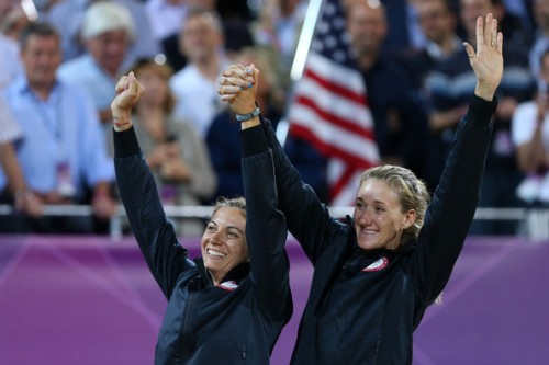 Misty May-Treanor and Kerri Walsh Jennings winning gold in Women's beach volleyball!!