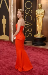movies-jennifer-lawrence-oscars-2014-01